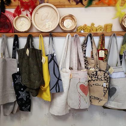 Iepirkuma maisiņi - esam dabai draudzīgi:)